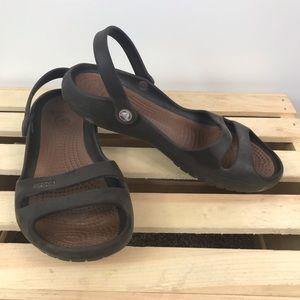 Crocs 🐊 brown double strap w/ heel strap sandals